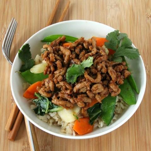 Sesame Pork Stir-Fry Bowl | easy skillet supper recipe with vegetables|ShockinglyDelicious.com