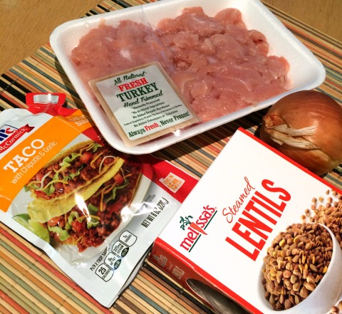 Healthy Turkey Lentil Taco Salad Recipe for Weekday Supper | ShockinglyDelicious.com