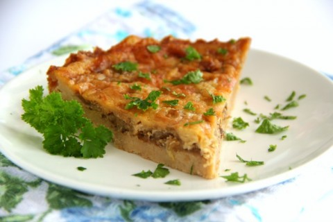 Savory Cheddar and Onion Cracker Pie for main dish lunch or dinner recipe | ShockinglyDelicious.com