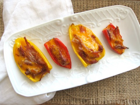 Pulled Pork Peppers | Low-carb lunch recipe with peppers, pulled pork and cheese | ShockinglyDelicious.com