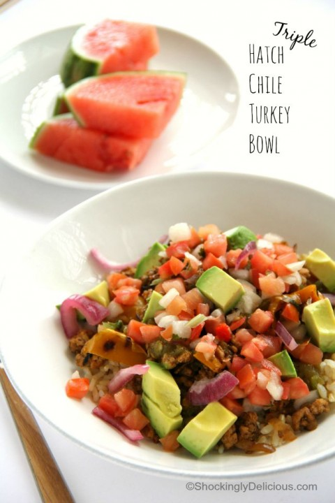 Light and lean Triple Hatch Chile Turkey Dinner Bowl Recipe using organic ground turkey | ShockinglyDelicious.com