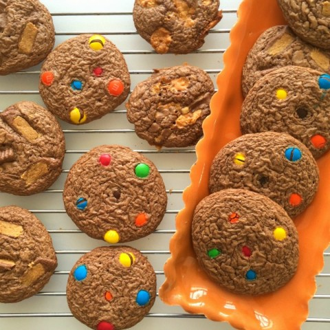 Leftover Halloween Candy Cookies recipe on ShockinglyDelicious.com