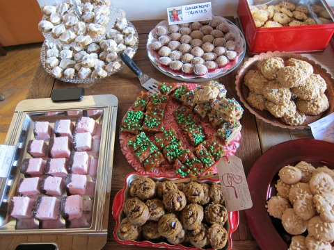 Food Bloggers L.A. Cookie Exchange Dec. 2015 on ShockinglyDelicious.com 3