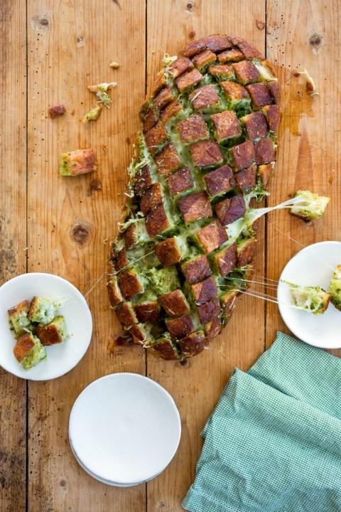 Cheesy Pull-Apart Pesto Bread on ShockinglyDelicious.com