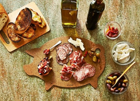Epicurean Pig Cutting Board in use on ShockinglyDelicious.com