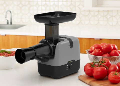 FreshTECH Harvestpro Sauce Maker on ShockinglyDelicious.com