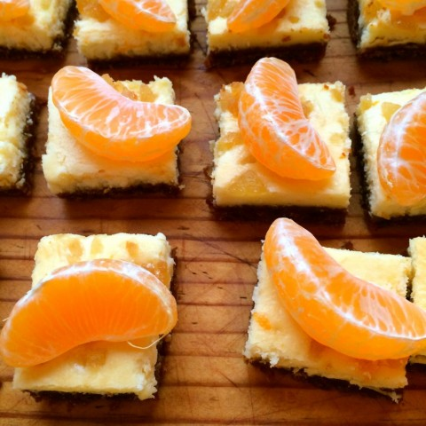Clementine Gingersnap Cheesecake Bars from The Jolly Tomato