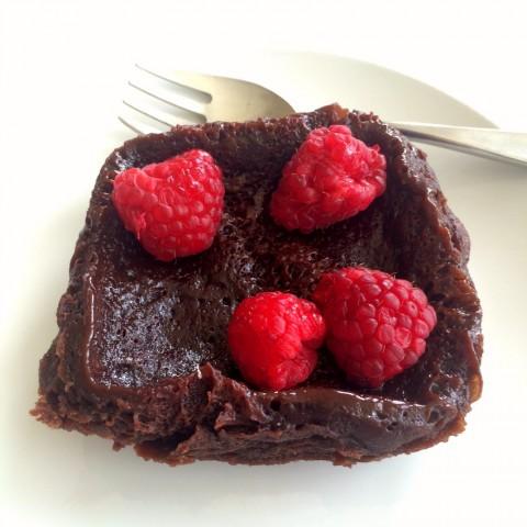 2-ingredient-flourless-nutella-mug-cake-on-shockinglydelicious-com
