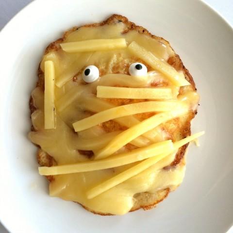 cheesy-egg-mummy-on-shockinglydelicious-com