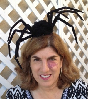 spider-fascinator-on-dorothy-reinhold-of-shockinglydelicious-com