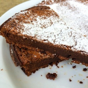 flourless-nutella-cake-from-crazed-mom
