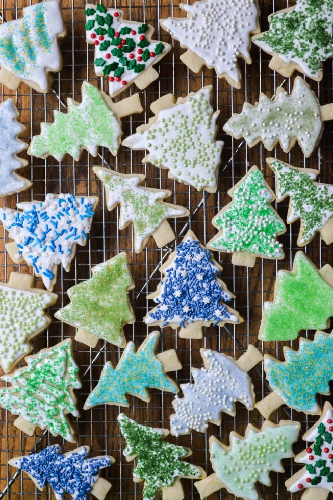 holiday-sugar-cookies-with-diy-colored-sugar-from-the-view-from-great-island