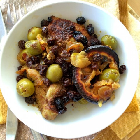 Briny olives, tangy lemon, sweet currants and succulent chicken are dressed in 9 spices for Spice Cabinet Moroccan Chicken.