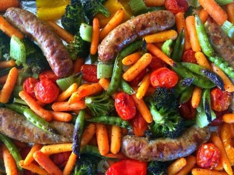 4-Inredient Vegetable Tray Sausage Sheet Pan Dinner on ShockinglyDelicious.com