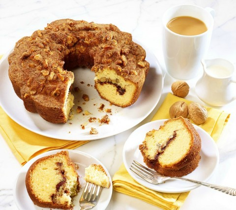 Baked goods are always a welcome gift. Give a Boston Coffee Cake -- Original Cinnamon Walnut Coffee Cake is our fave. Buy at http://bit.ly/2sZAvSw and use Promo Code BCC35D for 35% off!