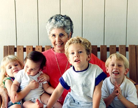 Helen Zito Reinhold and 4 of her grandchildren
