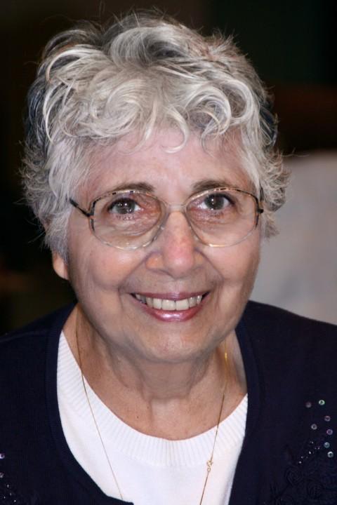 Helen Zito Reinhold 1931-2017