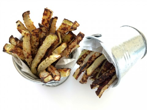 Low-Carb Baked Kohlrabi Fries