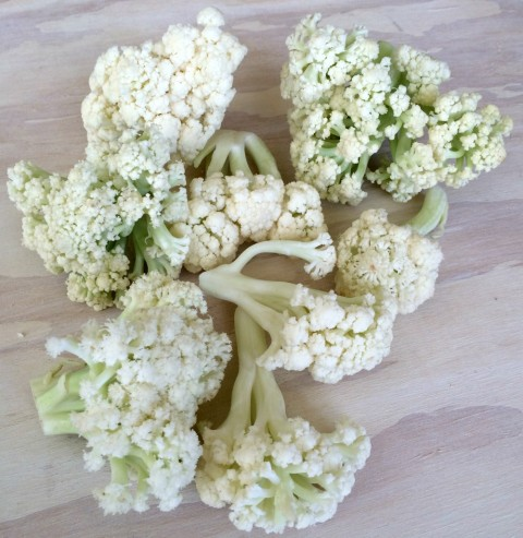 Flowering Cauliflower bunches on ShockinglyDelicious.com