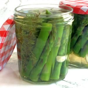 Refrigerator Pickled Asparagus for brunch on ShockinglyDelicious.com