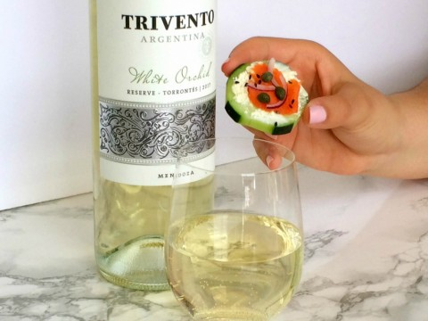 Cucumber Smoked Salmon Appetizer Bite with Trivento White Orchid wine