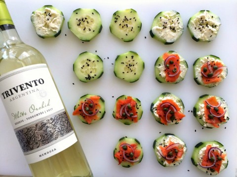 Cucumber Smoked Salmon Appetizer Bites with Trivento White Orchid Wine