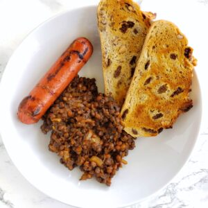 Barbecue Baked Lentils with toast